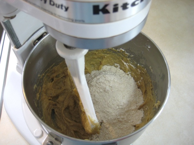 Alternating addition of dry ingredients with buttermilk