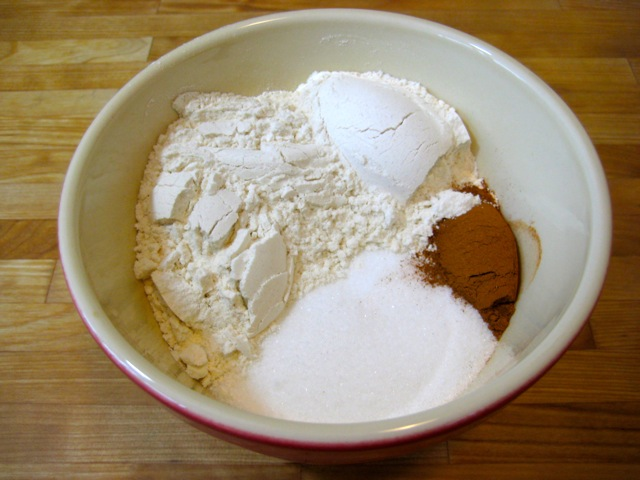 Flour, sugar, cinnamon mixture