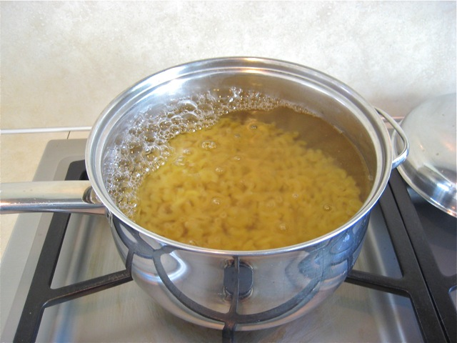 Macaroni in boiling water