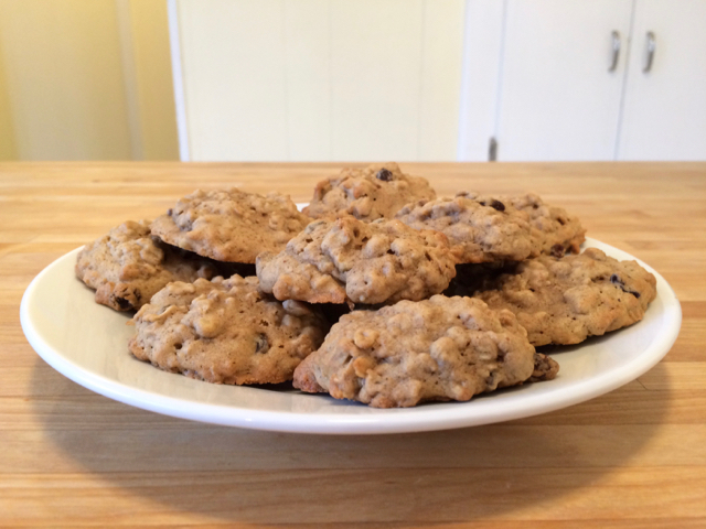 Old Fashioned Oatmeal Raisin Spice Cookies