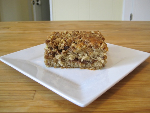 Spiced coffeecake with nut streusel served