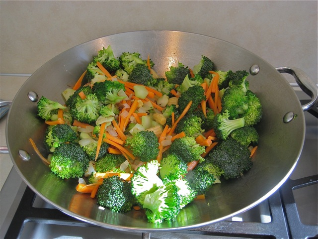 Broccoli, carrot, and baby corn added